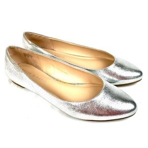 Kelly & Katie silver leather pointed toe flats